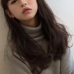 大人女子 ロング 小顔 セミロング ヘアスタイルや髪型の写真・画像