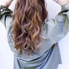 ハイライト アッシュ セミロング ストリート ヘアスタイルや髪型の写真・画像