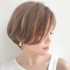 大人ショート ショートヘア 大人女子 ナチュラル ヘアスタイルや髪型の写真・画像