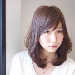 ガーリー かわいい ミディアム ナチュラル ヘアスタイルや髪型の写真・画像