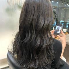 艶髪 セミロング ナチュラル ミントアッシュ ヘアスタイルや髪型の写真・画像