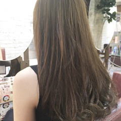 大人かわいい ロング ハイトーン ガーリー ヘアスタイルや髪型の写真・画像