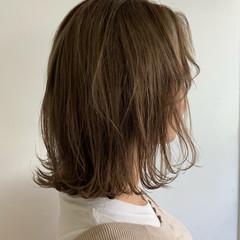 アンニュイ 切りっぱなしボブ ミディアム ナチュラル ヘアスタイルや髪型の写真・画像