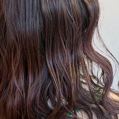 フェミニン カシスレッド レッドブラウン セミロング ヘアスタイルや髪型の写真・画像