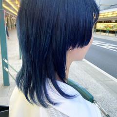 ミディアム ブルー マッシュウルフ ナチュラル ヘアスタイルや髪型の写真・画像