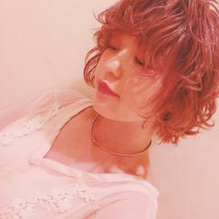 アンニュイ ボブ ウェーブ 透明感 ヘアスタイルや髪型の写真・画像