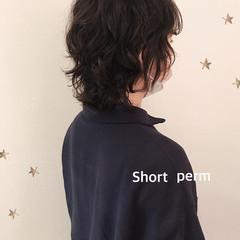 ショート ショートヘア ウルフカット パーマ ヘアスタイルや髪型の写真・画像