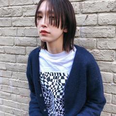 ボブ 切りっぱなしボブ ウルフ ミニボブ ヘアスタイルや髪型の写真・画像