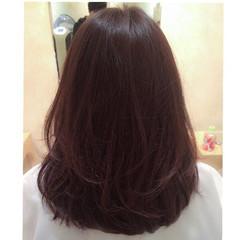 暗髪 レイヤーカット ハイライト ミディアム ヘアスタイルや髪型の写真・画像