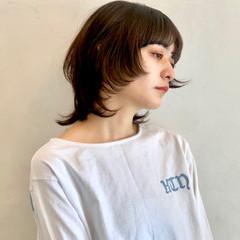 ミディアム 艶髪 モード ウルフレイヤー ヘアスタイルや髪型の写真・画像
