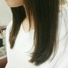 フェミニン ナチュラル 暗髪 外国人風 ヘアスタイルや髪型の写真・画像