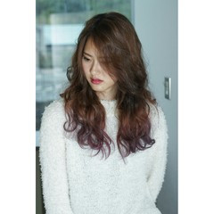波ウェーブ 外国人風 ツートン ロング ヘアスタイルや髪型の写真・画像