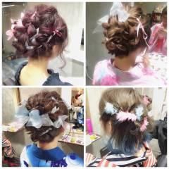 ヘアアレンジ シースルーバング グラデーションカラー フェミニン ヘアスタイルや髪型の写真・画像
