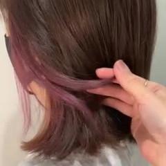 ピンク 切りっぱなしボブ ガーリー ミディアム ヘアスタイルや髪型の写真・画像