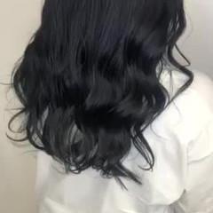 ロング ブルーブラック ネイビーブルー ナチュラル ヘアスタイルや髪型の写真・画像