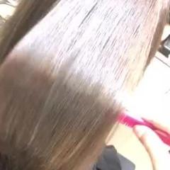 髪質改善 セミロング サイエンスアクア 髪質改善トリートメント ヘアスタイルや髪型の写真・画像