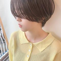 ショートボブ 小顔ショート ナチュラル マッシュ ヘアスタイルや髪型の写真・画像