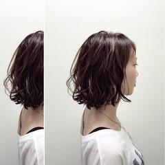 ストリート ウェットヘア 外国人風 ボブ ヘアスタイルや髪型の写真・画像