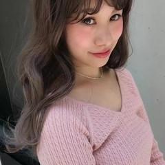 フェミニン グレージュ 外国人風カラー ロング ヘアスタイルや髪型の写真・画像