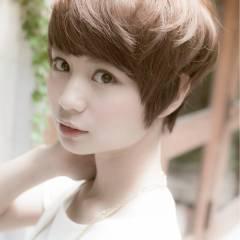 ベージュ アッシュベージュ ヘアスタイルや髪型の写真・画像