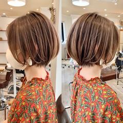 ショートヘア 切りっぱなしボブ ボブ フェミニン ヘアスタイルや髪型の写真・画像