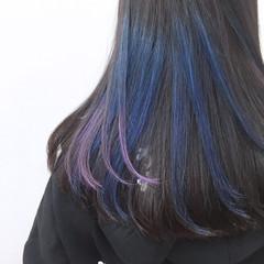 暗髪 インナーカラー モード ブルー ヘアスタイルや髪型の写真・画像