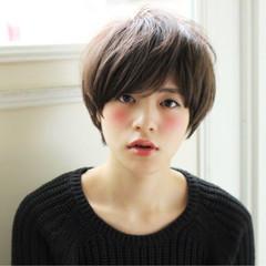 大人かわいい ブラウン ボブ 外国人風 ヘアスタイルや髪型の写真・画像