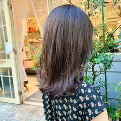 レイヤーカット セミロング ナチュラル くびれカール ヘアスタイルや髪型の写真・画像