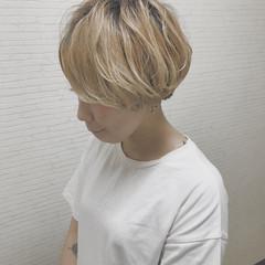 インナーカラー ハイライト ショートボブ ショート ヘアスタイルや髪型の写真・画像