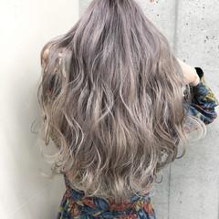 ハイライト バレイヤージュ エレガント 外国人風 ヘアスタイルや髪型の写真・画像