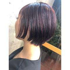 ミニボブ ショートボブ ハイライト チェリーレッド ヘアスタイルや髪型の写真・画像