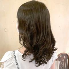 コテ巻き風パーマ セミロング レイヤーカット 大人かわいい ヘアスタイルや髪型の写真・画像