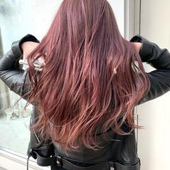 コントラストハイライト フェミニン 3Dハイライト インナーピンク ヘアスタイルや髪型の写真・画像