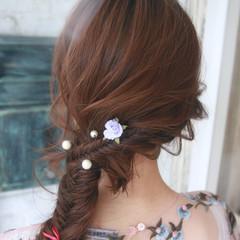 編み込み エレガント フィッシュボーン 上品 ヘアスタイルや髪型の写真・画像