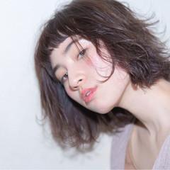 ゆるふわ おフェロ フェミニン ボブ ヘアスタイルや髪型の写真・画像