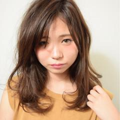 ミディアム ハイライト グラデーションカラー 外国人風 ヘアスタイルや髪型の写真・画像