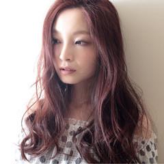 ウェーブ コンサバ 大人かわいい レッド ヘアスタイルや髪型の写真・画像