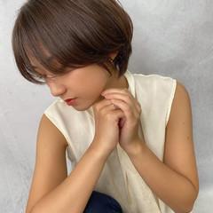 大人ショート ナチュラル 小顔ショート ショートヘア ヘアスタイルや髪型の写真・画像