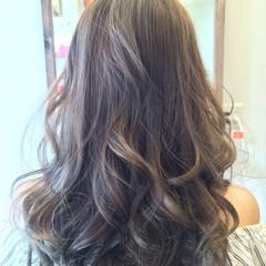 セミロング イルミナカラー ローライト ラベンダーアッシュ ヘアスタイルや髪型の写真・画像