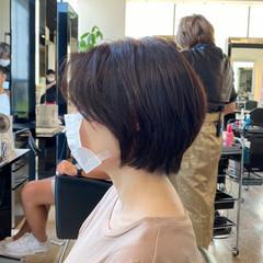ナチュラル ショート 艶髪 ミディアムレイヤー ヘアスタイルや髪型の写真・画像