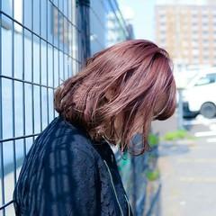 グレージュ 前髪あり ボブ ナチュラル ヘアスタイルや髪型の写真・画像