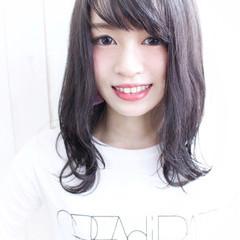 暗髪 ガーリー スモーキーカラー セミロング ヘアスタイルや髪型の写真・画像