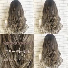 コンサバ ハイトーンカラー ブラウンベージュ 透け感 ヘアスタイルや髪型の写真・画像