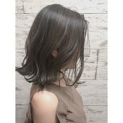 愛され ミディアム イルミナカラー 似合わせ ヘアスタイルや髪型の写真・画像