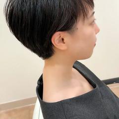 ショートヘア 大人女子 刈り上げ女子 刈り上げ ヘアスタイルや髪型の写真・画像
