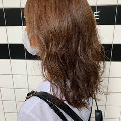 ベージュ グラデーションカラー セミロング 秋 ヘアスタイルや髪型の写真・画像