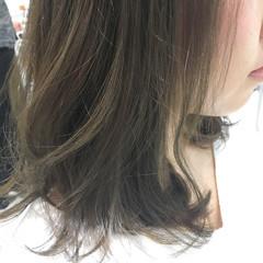 グレージュ ナチュラル 外国人風カラー アッシュ ヘアスタイルや髪型の写真・画像