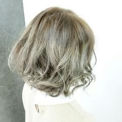 ストリート ハイライト ボブ ヘアスタイルや髪型の写真・画像