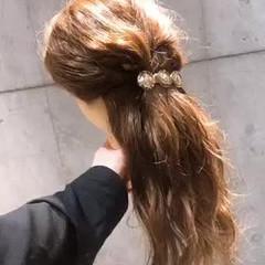 セルフアレンジ バレッタ 簡単ヘアアレンジ ロング ヘアスタイルや髪型の写真・画像