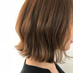 切りっぱなしボブ 外ハネボブ 外ハネ 透明感カラー ヘアスタイルや髪型の写真・画像